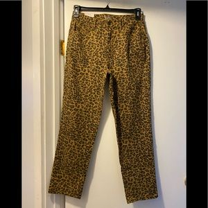 New Time and Tru leopard print jeans 10 straight